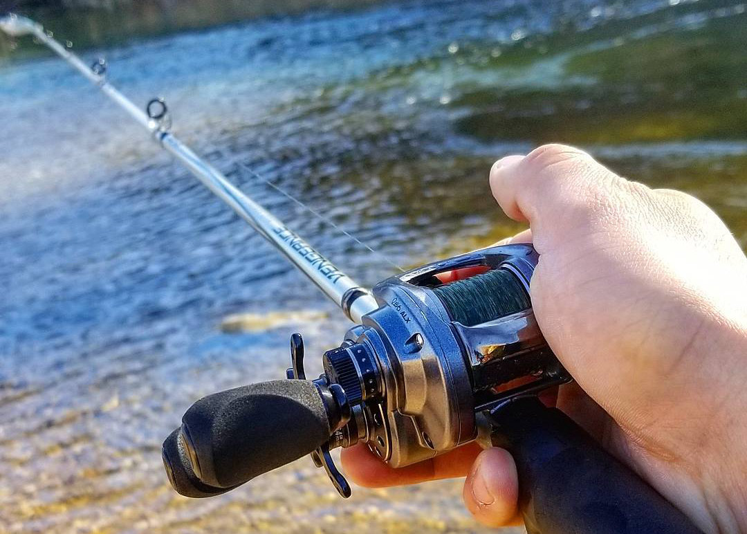 What Rod to Use for Lipless Crankbaits - Crankbait Guide
